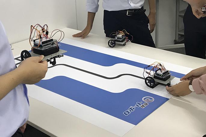 ロボット研修のようす